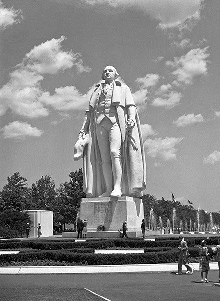 george-washington-statue-2.jpg