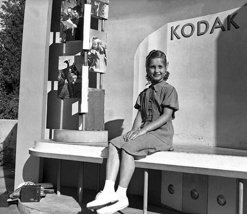girl-kodak-model.jpg