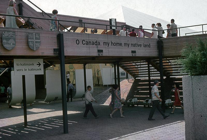 canada-walkway.jpg