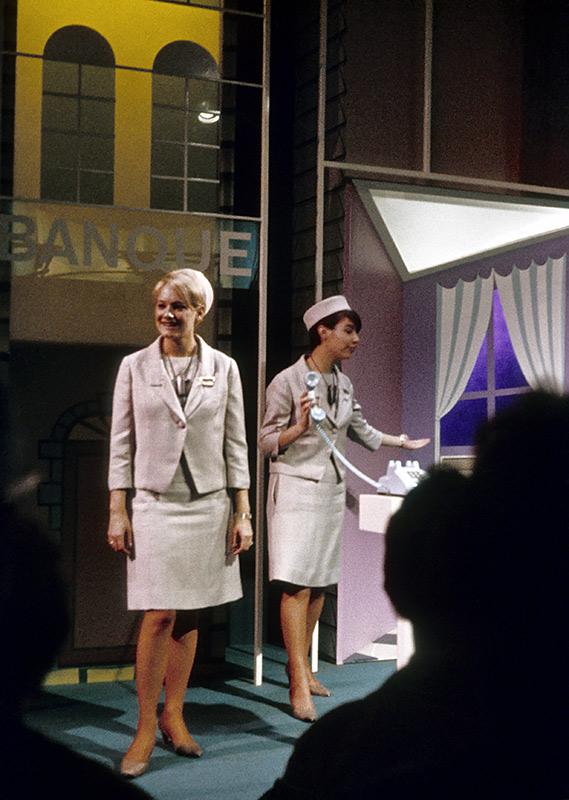 telephone-hostesses.jpg