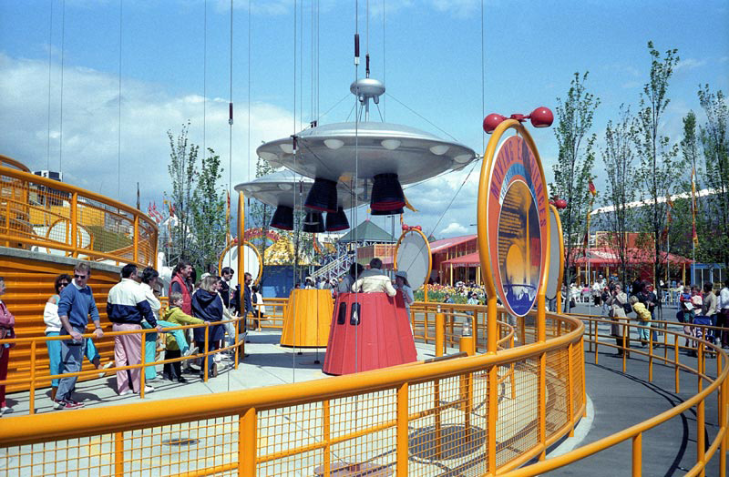 expo86-space-tower.jpg