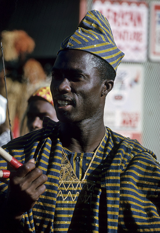 africa-performer.jpg
