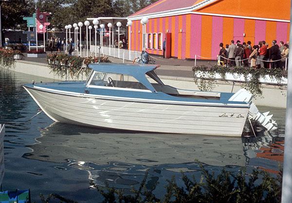 chrysler-boat.jpg