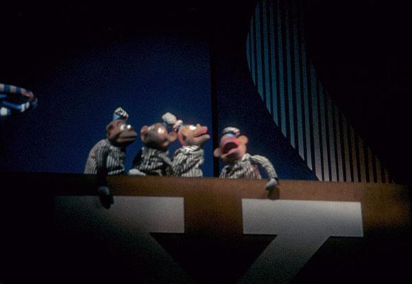chrysler-puppets-1.jpg