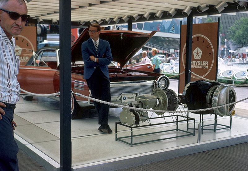 chrysler-turbine-display.jpg