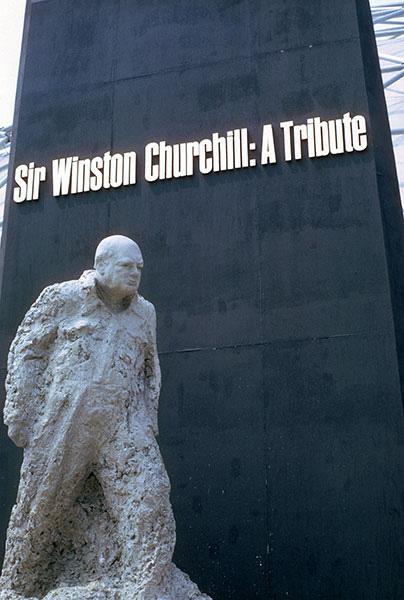 churchill-statue.jpg