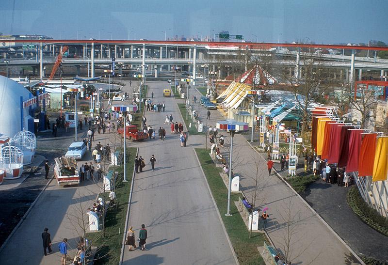 lake-mall-3.jpg