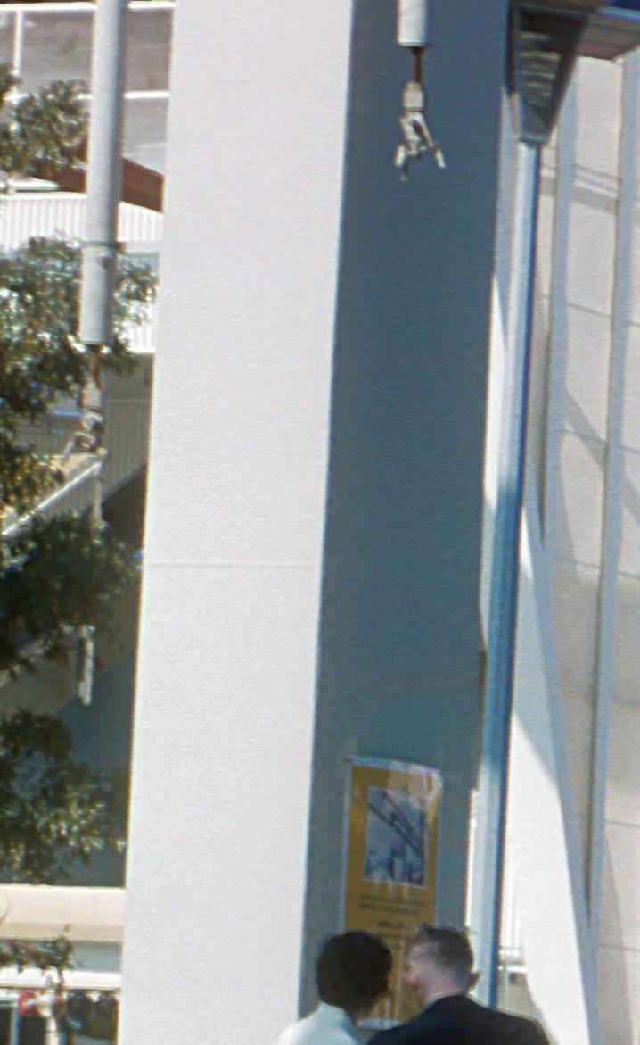 monorail-circus-2.jpg