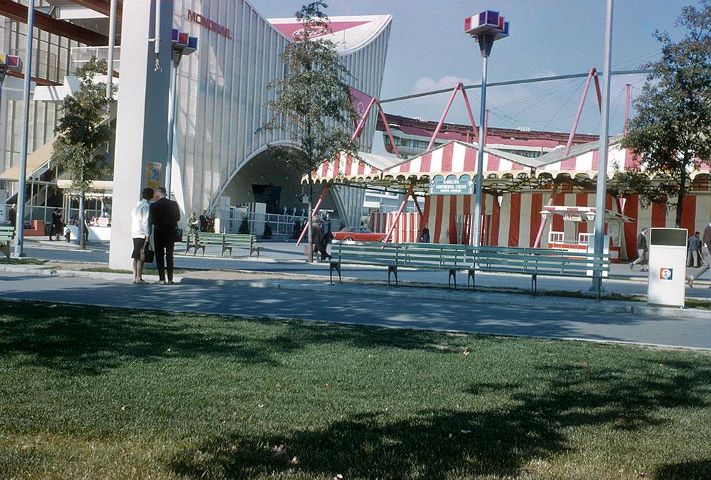 monorail-circus.jpg