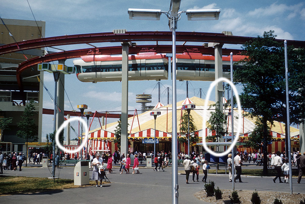 monorail-poles.jpg