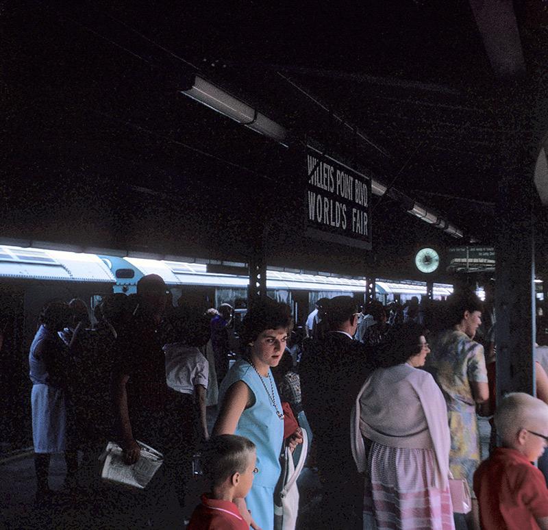 willets-point-subway-2.jpg