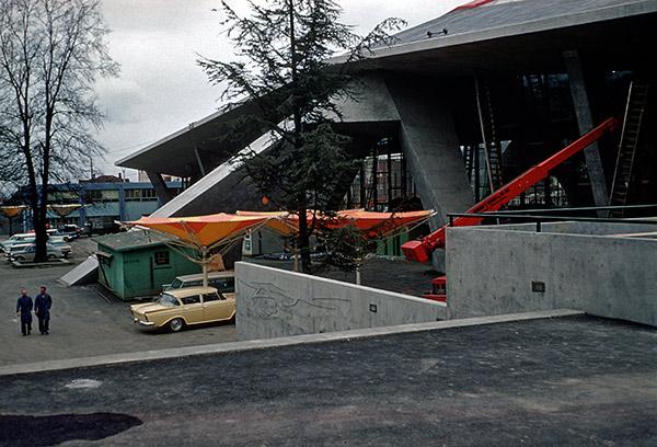 construction-coliseum.jpg